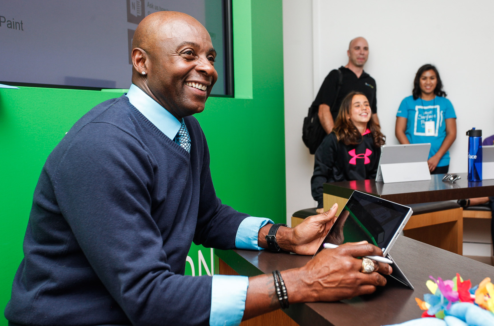 Microsoft with Jerry Rice 257